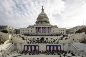 Beim Kapitol ist alles für die Angelobung von Joe Biden vorbereitet. (© imago images/ZUMA Wire)