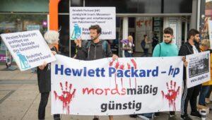 Blutschuldlegende: Demonstranten der antisemitischen BDS-Bewegung in Berlin