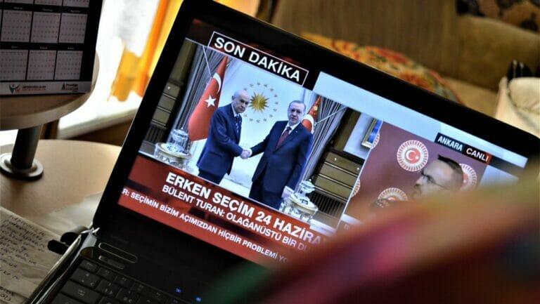 Erdogans Regierung übt großen Druck auf Medien aus