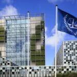Der Internationale Strafgerichtshof in Den Haag. (© imago images/Peter Seyfferth)