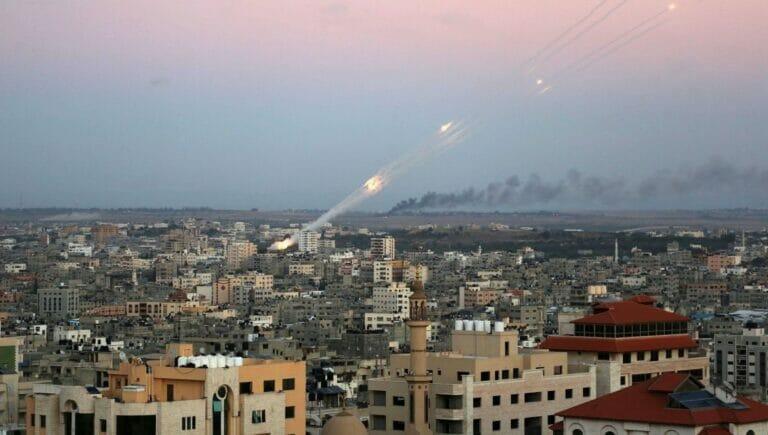 Die Hamas produziert und lagert ihre Raketen in Wohnhäusern, wobei es immer wieder auch zu Explosionen kommt
