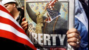 """Im April 2003 stürzte die """"Koalition der Willigen"""" unter Führung der USA das Regime Saddam Husseins"""