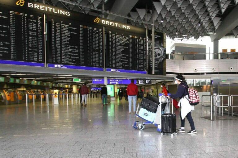 Der neue israelische Test könnte in Corona-Zeiten den Flugverkehr enorm vereinfachen. (© imago images/Ralph Peters)