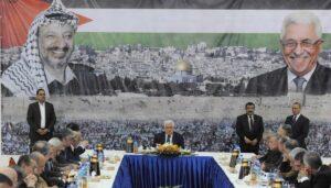 Zwei Abbas-Berater drängen palästinensische Führung zur Suche nach neuen Ansätzen