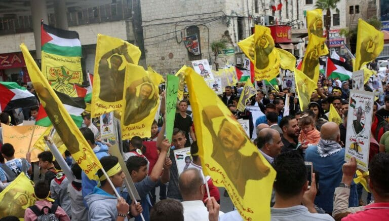 Tritt der in Israel wegen Terrorismus Inhaftierten Marwan Barghouti gegen Mahmud Abbas an?
