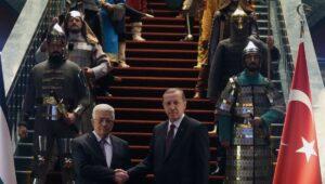 Abbas zu Besuch in Erdogans Präsidentenpalast im Januar 2015