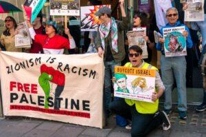 Kundgebung von Befürwortertn der Israel-Boykottbewegung BDS in London. (© imago images/ZUMA Wire)