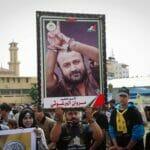 """Marwan Barghouti wurde in der Fatah seit langem als möglicher Nachfolger von Mahmud Abbas gehandelt, obwohl – oder weil – er wegen seiner Beteiligung an der Ermordung von Israelis zu lebenslanger Haft in Israel verurteilt wurde. (© <a href=""""http://www.imago-images.de"""">imago images</a>/Pacific Press Agency)"""