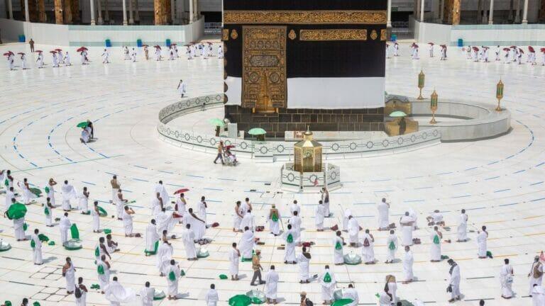 Für Corona-Geimpfte werden Ramadan-Pilgerfahrten nach Mekka möglich sein