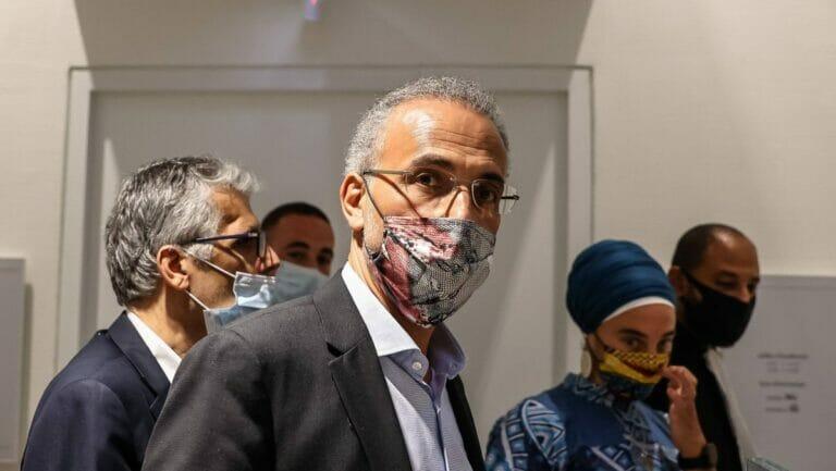 Tariq Ramadan auf dem Weg zu einer Gerichtsverhandlung wegen der gegen ihn erhobenen Vergewaltigungsvorwürfe