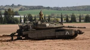Durch Truppenaufmarsch an der Grenze zu Gaza täuschte Israel Bodenoffensive vor