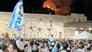 Was ist auf diesem Bild aus Jerusalem wirklich zu sehen?