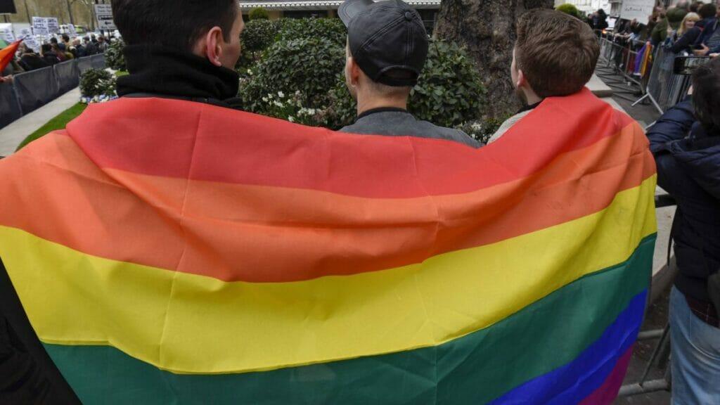 Europäische Lesben Bei Kneipendreier
