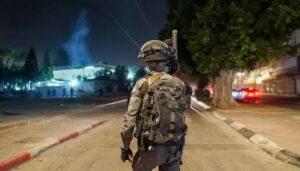 Israel verlegt Grenzpolizei nach Lod, um die Unruhen zu beenden