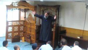 Imam Fadi Yousef Kablawi bei seiner Predigt