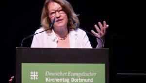 ZfA-Chefin Schüler-Springorum scheint sich mehr Sorgen um BDS zu machen als über antisemitische Aufmärsche in Deutschland