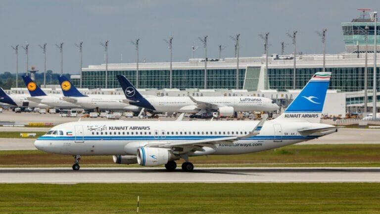 Eine Maschine von Kuwait Airways auf dem Flughafen von München