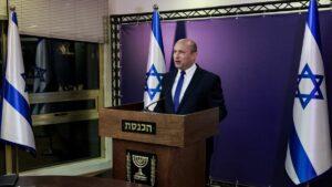 Naftali Bennett bei einer Pressekonferenz in der Knesset