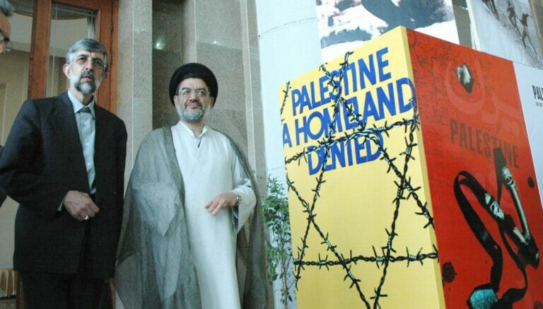Der Iran entsandte Ali Akbar Mohtashamipur bereits 1981 in den Libanon, um die Hisbollah aufzubauen