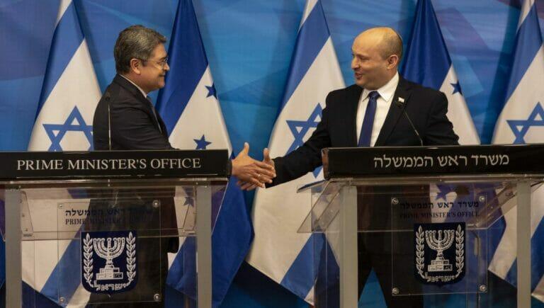 Honduras' Präsident Hernández und Israel Premier Bennett