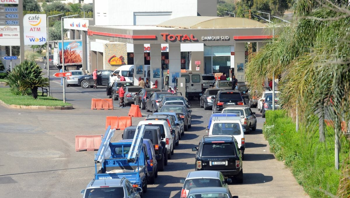 Wegen Treibstoffmangels schließen die meisten Tankstellen des Libanon