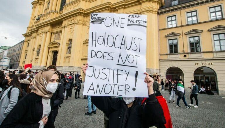 Holocaustrelativierung auf antiisraelischer Demonstration in München