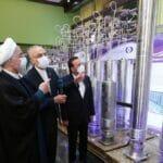 Der Chef der iranischen Atomenergiebehörde Salehi mit (Noch-)Präsident Rohani