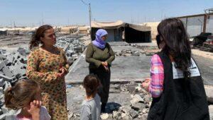"""Das zur Hälfte niedergebrannt Flüchtlingslager """"Scharia"""" in Irakisch-Kurdistan"""
