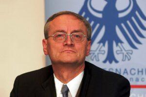 Der ehemalige BND-Chef hält eine Rückkehr zum Atomabkommen von 2015 für einen schweren Fehler. (© imago images/Sven Simon)
