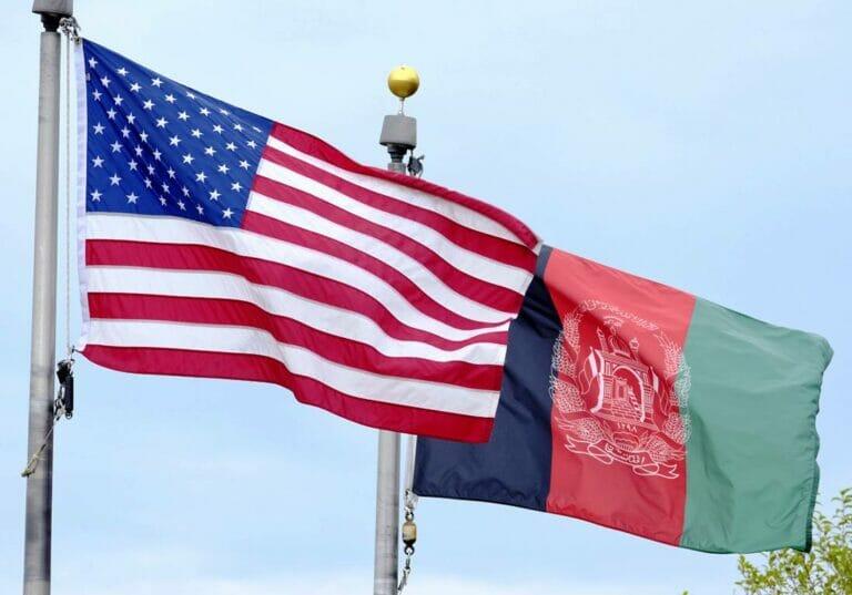 Afghanen, die für die Amerikaner gerarbeitet haben, sind in akuter Lebensgefahr - trotz gegenteiliger Versprechen der Taliban. (© imago images/Rainer Unkel)