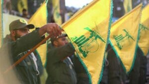 Flaggenparade der Hisbollah