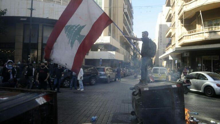 Immer wieder kommt es im Libanon zu Protesten gegen die Wirtschaftskrise