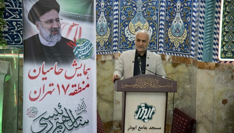 Kandidat der Revolutionsgarden: Offizier Hassan Abbas macht Wahlwerbung für Ebrahim Raisi