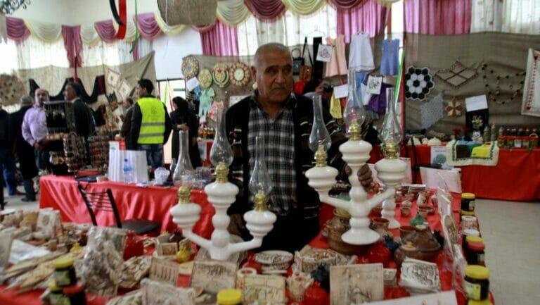 Arabische Händler in Salfi dürfen keine hebräischen Werbeschilder mehr verwenden