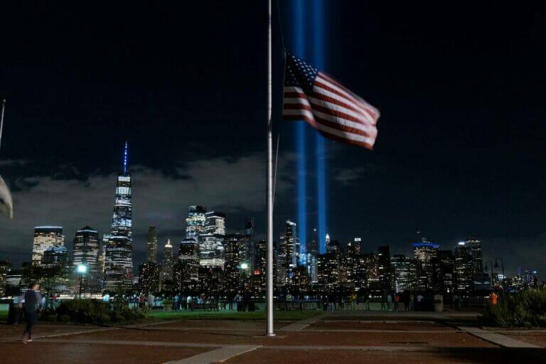 Angesichts der Vorgänge in Afghanistan wird der 20. Jahrestag der Anschläge von 9/11 ein besonders bitterer. (© imago images/ZUMA Wire)