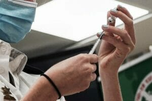 Der arabische Teil der israelischen Gesellschaft weist eine niedriegere Corona-Impfquote auf. (© imago images/ZUMA Wire)