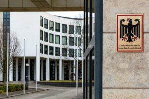 Die deutsche Bundesanwaltschaft hat Anklage gegen einen Folterarzt des syrischen Regimes erhoben. (© imago images/Nicolaj Zownir)