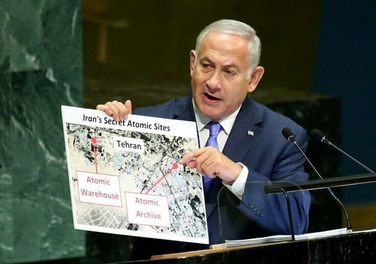 Im September 2018 präsentierte der damalige israelische Premier voder Generalversammlung der Vereinten Nationen Erkenntnisse aus dem entwendeten iranischen Atomarchiv. (© imago images/UPI Photo)