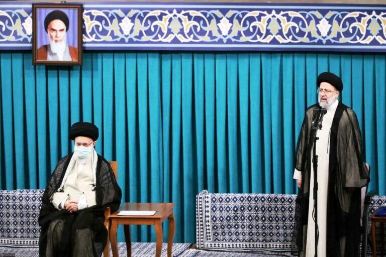 Angelobung von Ebrahim Raisi zum neuen Präsidenten des Iran (© imago images/ZUMA Wire)