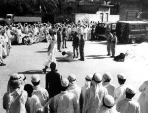 Öffentliche Hinrichtung in Saudi-Arabien (hier in den 1980er Jahren) (© imago images/Everett Collection)
