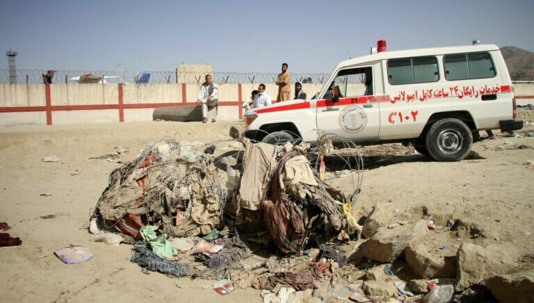 Nach dem Anschlag auf den Flughafen von Kabul