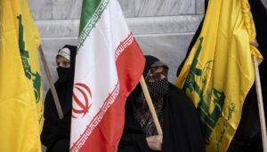 Iranische Frauen demonstrieren für die Hisbollah