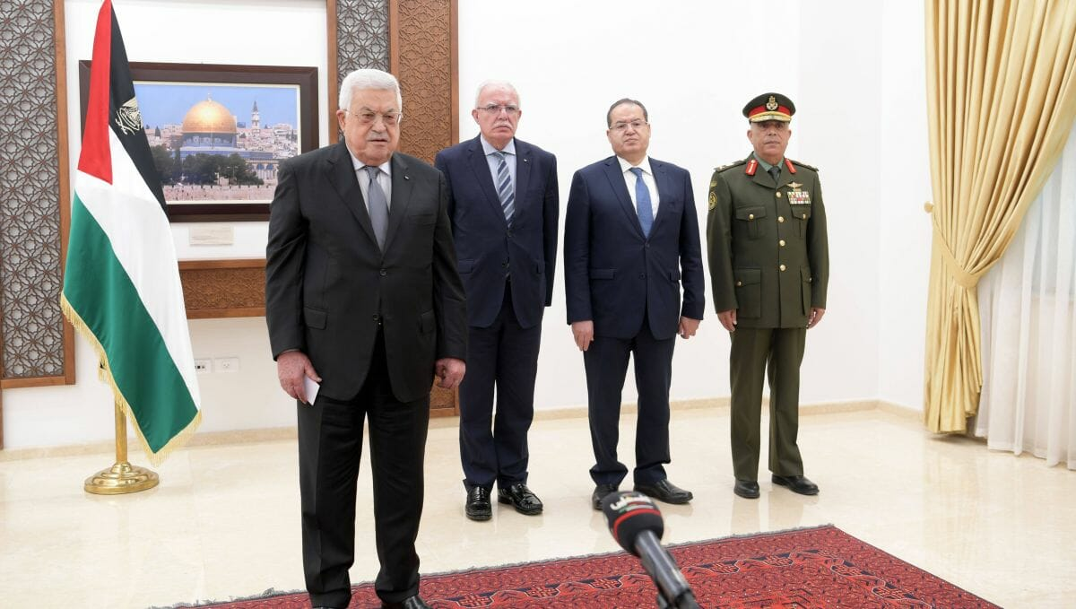 Fatah-Führer und PA-Präsident Mahmud abbas verliert weiter an Zustimmung