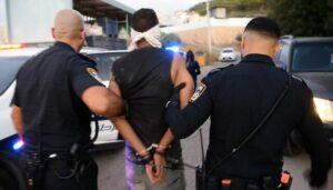Der entflohene Terrorist Zakaria Zubeidi bei seiner Festnahme