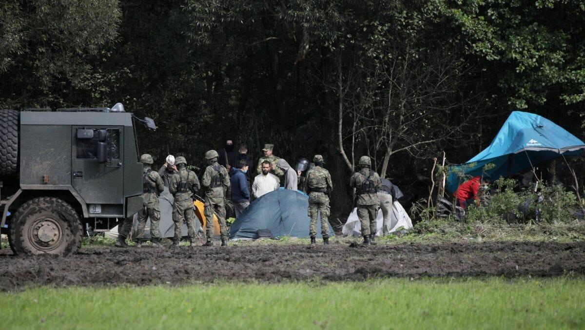 Irakische und afghanische Flüchtlinge im Grenzgebiet zwischen Weißrussland und Polen