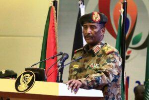 Im Sudan hat vorerst der oberster Militär, General Abdel Fattah Abdelrahman Burhan, das Sagen. (© imago images/Xinhua)