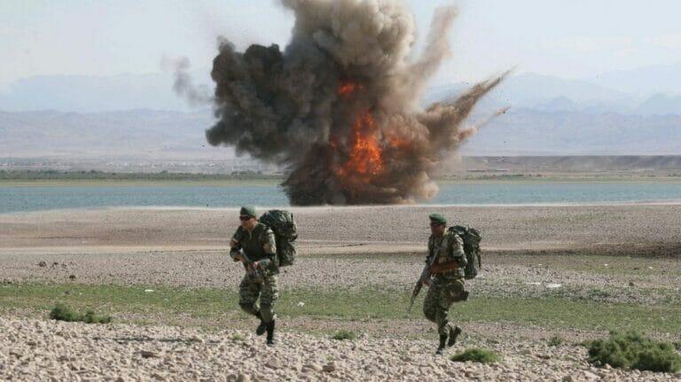 """""""eroberer von Khaybar"""": Iranische Manöver an der Grenze zu Aserbaidschan"""