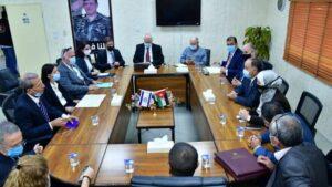 """Mitglieder des """"Joint Water Committee"""" unterzeichnen in Amman einen neuen Vertrag über Wasserlieferungen von Israel an Jordanien"""